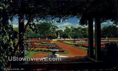 Sunken Garden, Humboldt Park - Chicago, Illinois IL Postcard