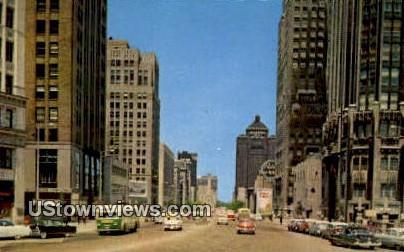 Michigan Ave, Wrigley Bldg - Chicago, Illinois IL Postcard