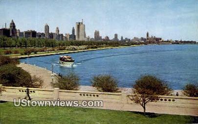 Michigan Ave, Lake Front - Chicago, Illinois IL Postcard