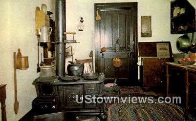 Kitchen, Abraham Lincoln's Home - Springfield, Illinois IL Postcard