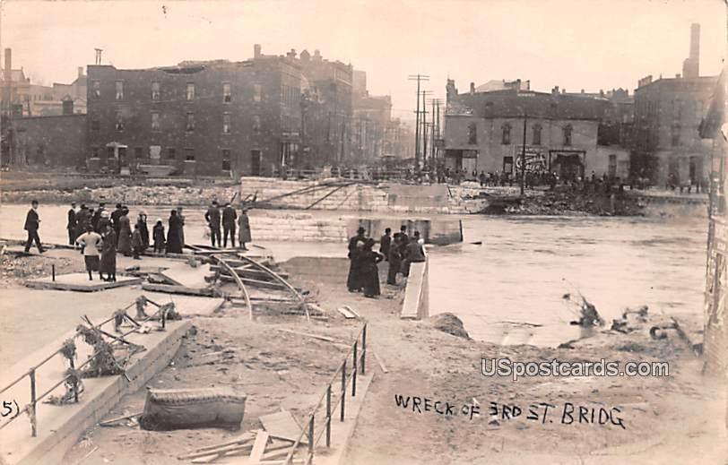Wreck of 3rd Street Bridge - Logansport, Indiana IN Postcard