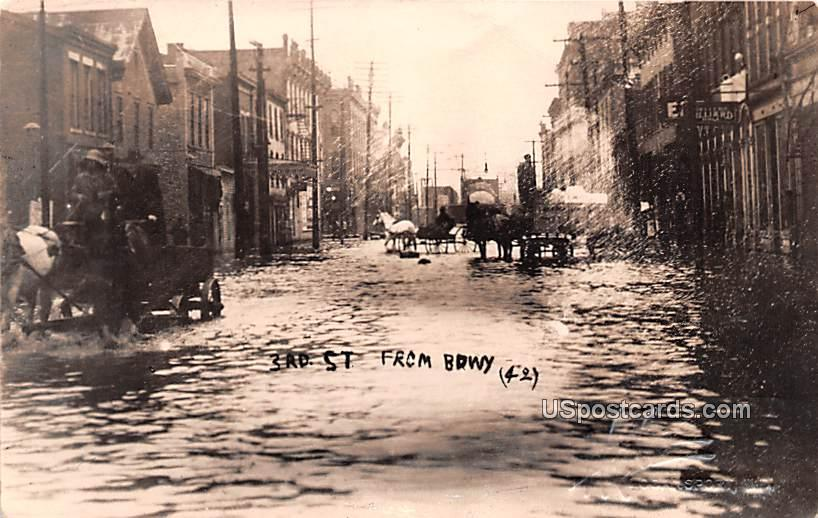 3rd Street from Broadway - Logansport, Indiana IN Postcard