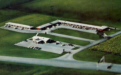 Bailey Motel & Restaurant - Howe, Indiana IN Postcard