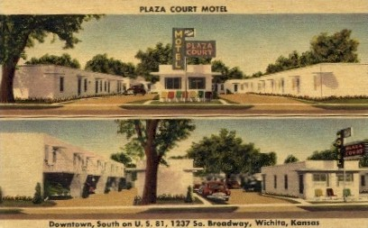 Plaza Court Motel - Wichita, Kansas KS Postcard