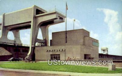 Powerhouse And Cranes  - Kentucky Dam Postcards, Kentucky KY Postcard