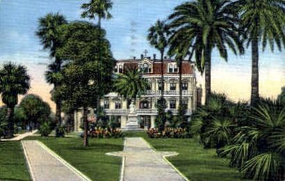 Margaret Sqaure and Statue  - New Orleans, Louisiana LA Postcard
