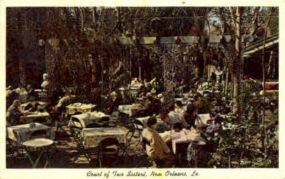 Court of Two Sisters - New Orleans, Louisiana LA Postcard