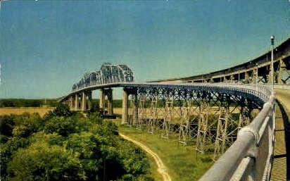 Huey P. Long Bridge - New Orleans, Louisiana LA Postcard