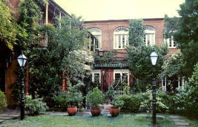 Pat O'Brian's Courtyard - New Orleans, Louisiana LA Postcard