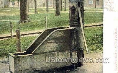 The Old Pump, Harvard College - Cambridge, Massachusetts MA Postcard