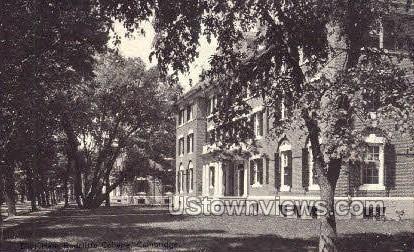 Eliot Hall, Radcliffe College - Cambridge, Massachusetts MA Postcard