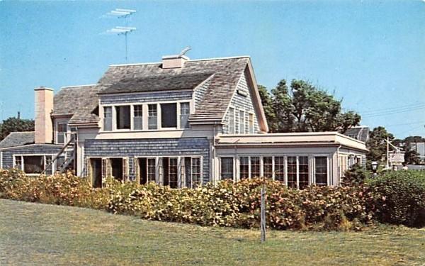 Hammond House Apartments Chatham, Massachusetts Postcard