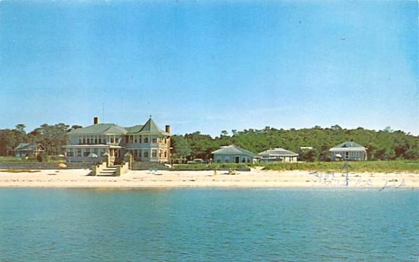 Linger Longer Inn & Cottages Chatham, Massachusetts Postcard
