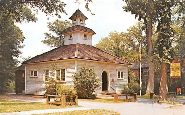 Post Office Deerfield, Massachusetts Postcard