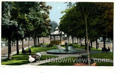 The Upper Common - Fitchburg, Massachusetts MA Postcard