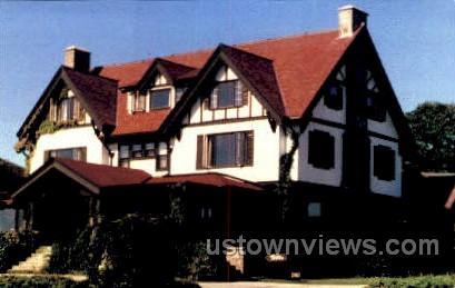 Twin Light Manor - Gloucester, Massachusetts MA Postcard