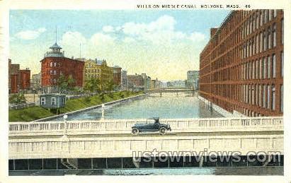 Mills, Middle Canal - Holyoke, Massachusetts MA Postcard