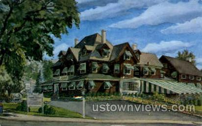 Yankee Pedlar Inn - Holyoke, Massachusetts MA Postcard