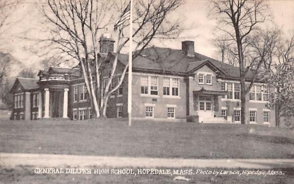 General Draper High School Hopedale, Massachusetts Postcard