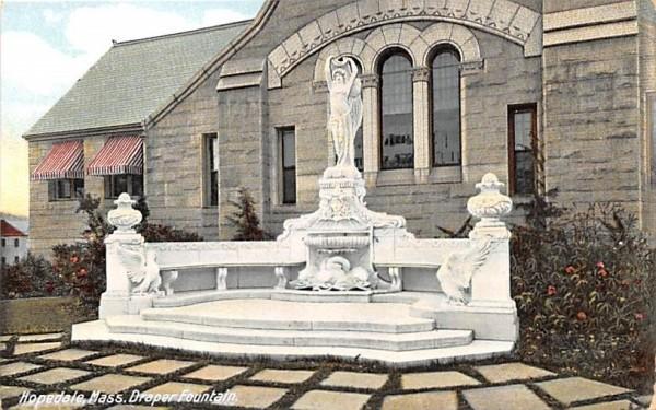 Draper Fountain Hopedale, Massachusetts Postcard