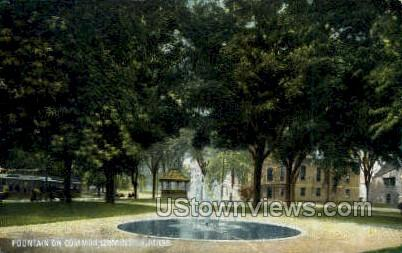 Fountain, Common - Leominster, Massachusetts MA Postcard