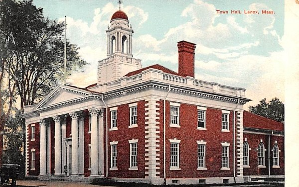 Town HallLenox, Massachusetts Postcard