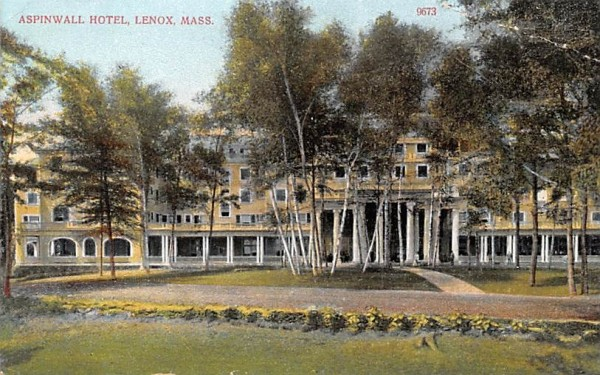 Aspinwall HotelLenox, Massachusetts Postcard