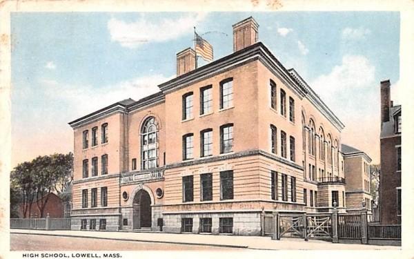High SchoolLowell, Massachusetts Postcard