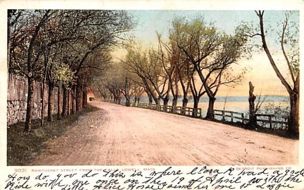 Pawtucket Street Lowell, Massachusetts Postcard