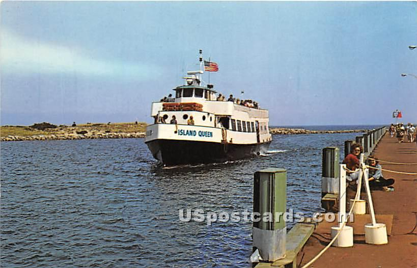 Motor Vessel Island Queen - Oak Bluffs, Massachusetts MA Postcard