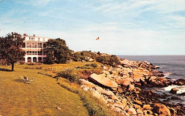 The Yankee Clipper Inn Pigeon Cove, Massachusetts Postcard