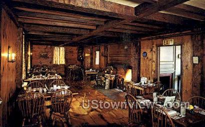 Salem Crofs Inn - Massachusetts MA Postcard