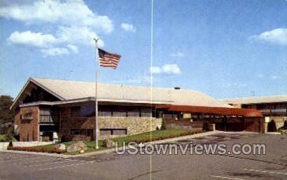 King's Grant Motor Inn & Restaurant - Danvers, Massachusetts MA Postcard