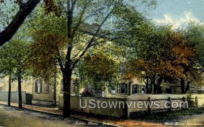 Hawthrone's Mall St Residence - Salem, Massachusetts MA Postcard