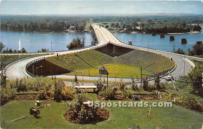 New Southend Bridge - Springfield, Massachusetts MA Postcard