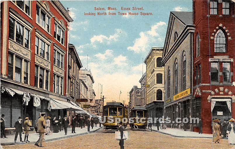 Essex Street lookin north from Town House Square - Salem, Massachusetts MA Postcard