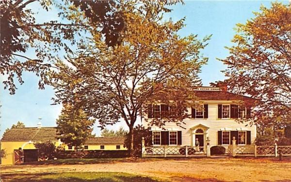 A view of the Salem Towne House Sturbridge, Massachusetts Postcard