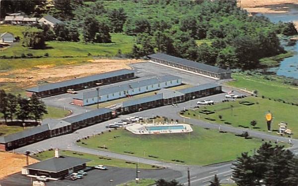 Colonial Motel, INC Sturbridge, Massachusetts Postcard