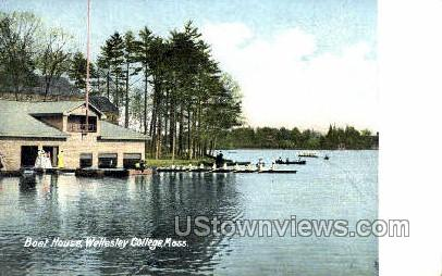 Boat House, Wellesley Cottege - Massachusetts MA Postcard