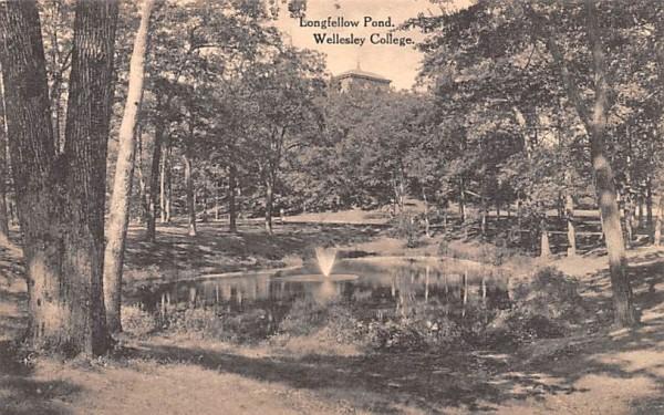 Longfellow Pond Wellesley, Massachusetts Postcard