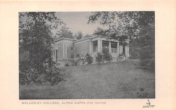 Alpha Kappa Chi House Wellesley, Massachusetts Postcard