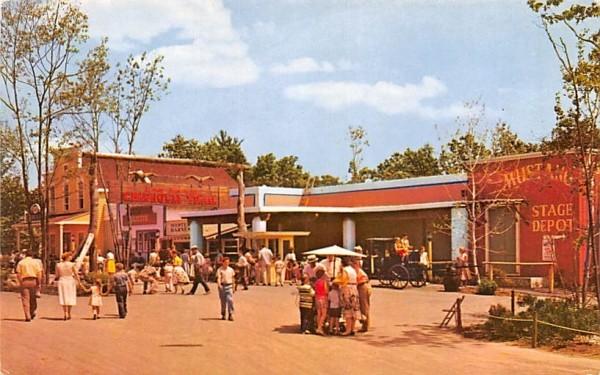 Gold Pan Gulch Wakefield, Massachusetts Postcard