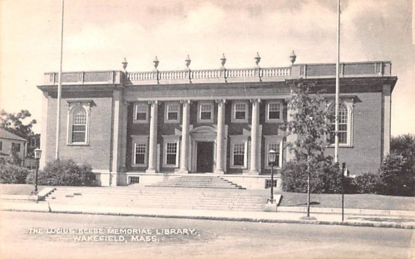 The Lucius Beebe Memorial Library Wakefield, Massachusetts Postcard