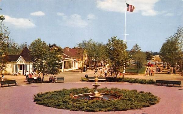 Entrance to Fun at Pleasure Island Wakefield, Massachusetts Postcard