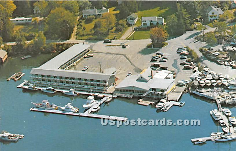 Browns Wharf - Boothbay Harbor, Maine ME Postcard