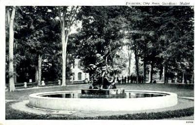 Fountain, City Park - Gardiner, Maine ME Postcard