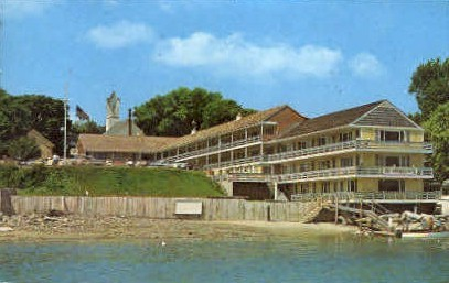 Sea Chambers Motor Lodge - Ogunquit, Maine ME Postcard