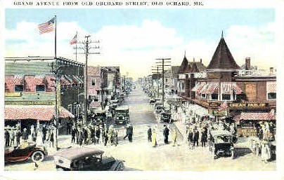 Grand Ave. - Old Orchard Beach, Maine ME Postcard