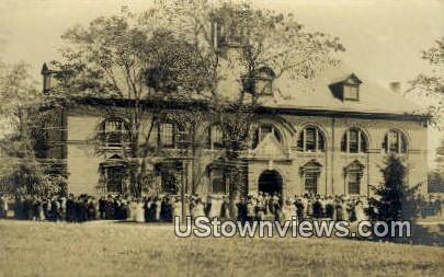 Real Photo, Alumni Hall, U of Maine - Orono Postcard
