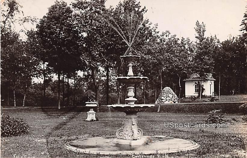 Fountain - Centerville, Michigan MI Postcard
